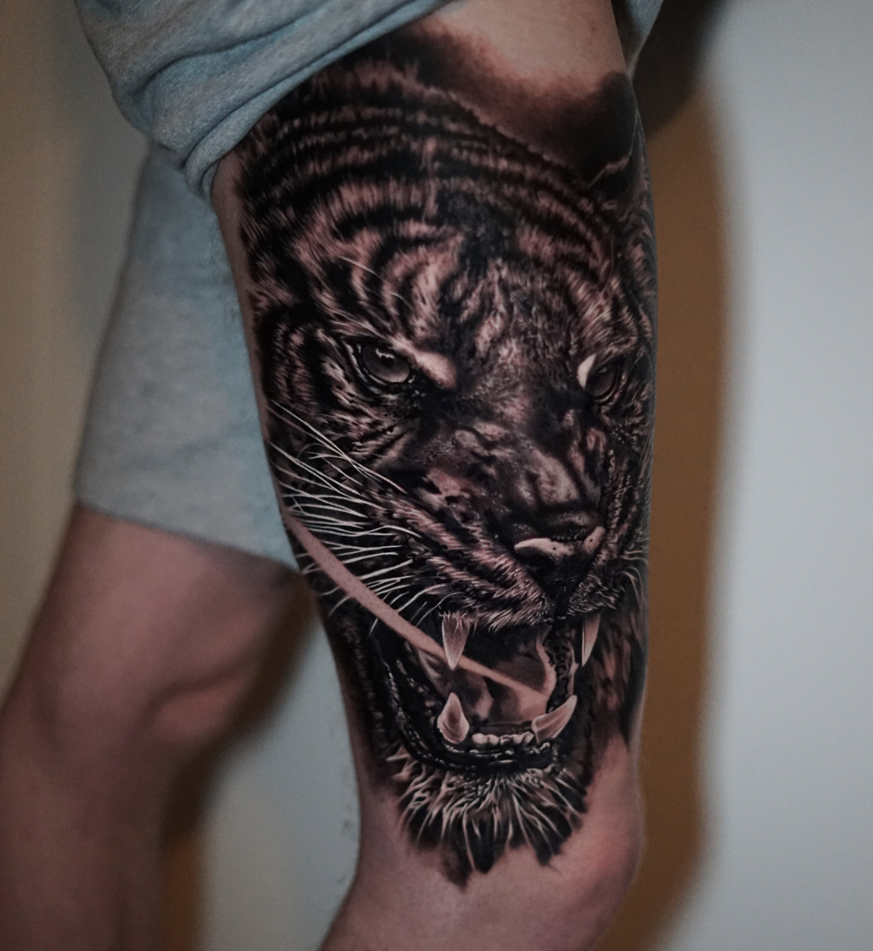 Tiger | Thomas | Newborn Tattoo Wolfratshausen