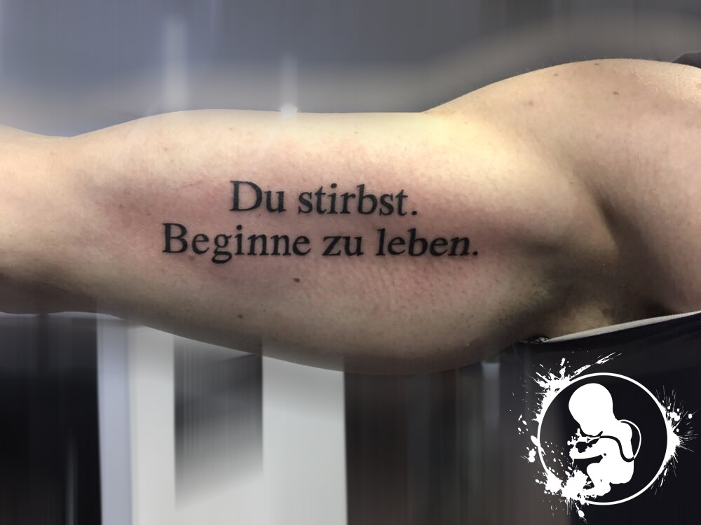 Schriftzug | Lea | Newborn Tattoo Wolfratshausen